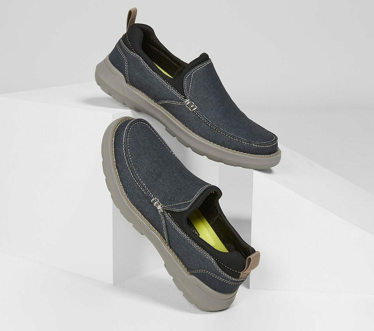Skechers Navy Shoes Canvas On Comfort Toe